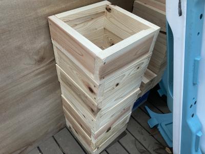 ミツバチの巣箱作りとジョギング(小屋暮らし68日目)